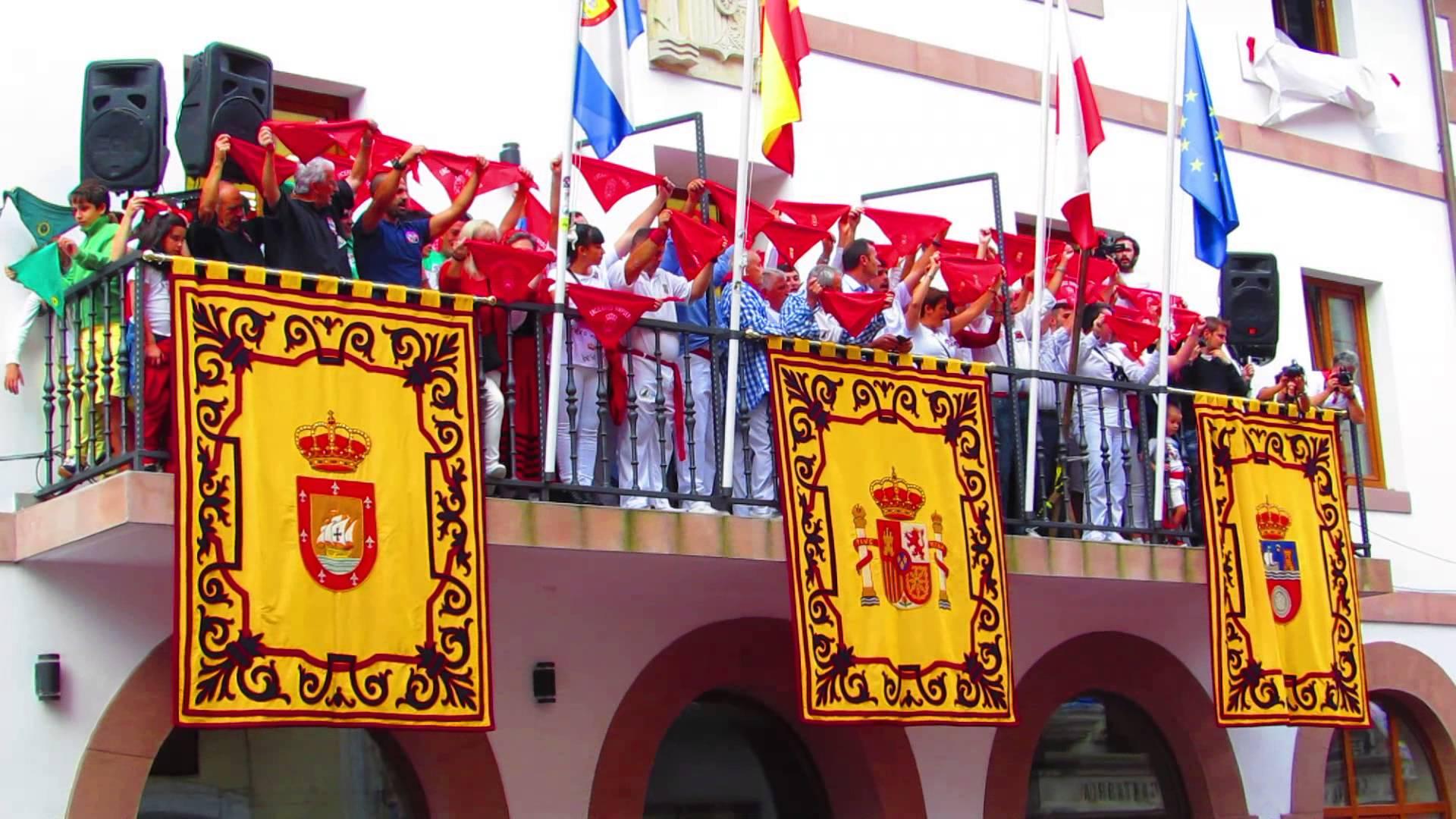 Chupinazo 2018 y Entrega de Galardón al Personaje Destacable de los Encierros 2017