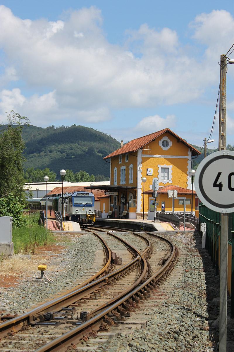 Tren en Ampuero - Ayuntamiento de Ampuero